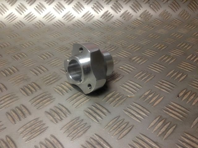 Go Kart Spindle Shaft : Go kart rear axle hub mm shaft long performance